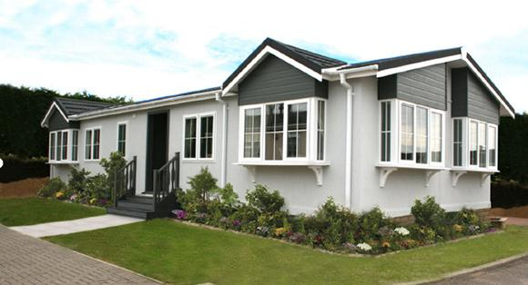 Residential park home in Ruthin, North Wales. Retirement community - The Woodlands. The Barnwell home.